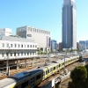 新宿サザンテラスは子鉄に人気の穴場スポット。晴れた週末は新宿駅で特急電車を見よう